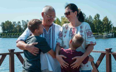История Анатолия и Андрея, Светланы и Кирилла